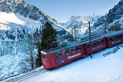 Five-Star Lake Geneva & The Mont Blanc Express at Christmas